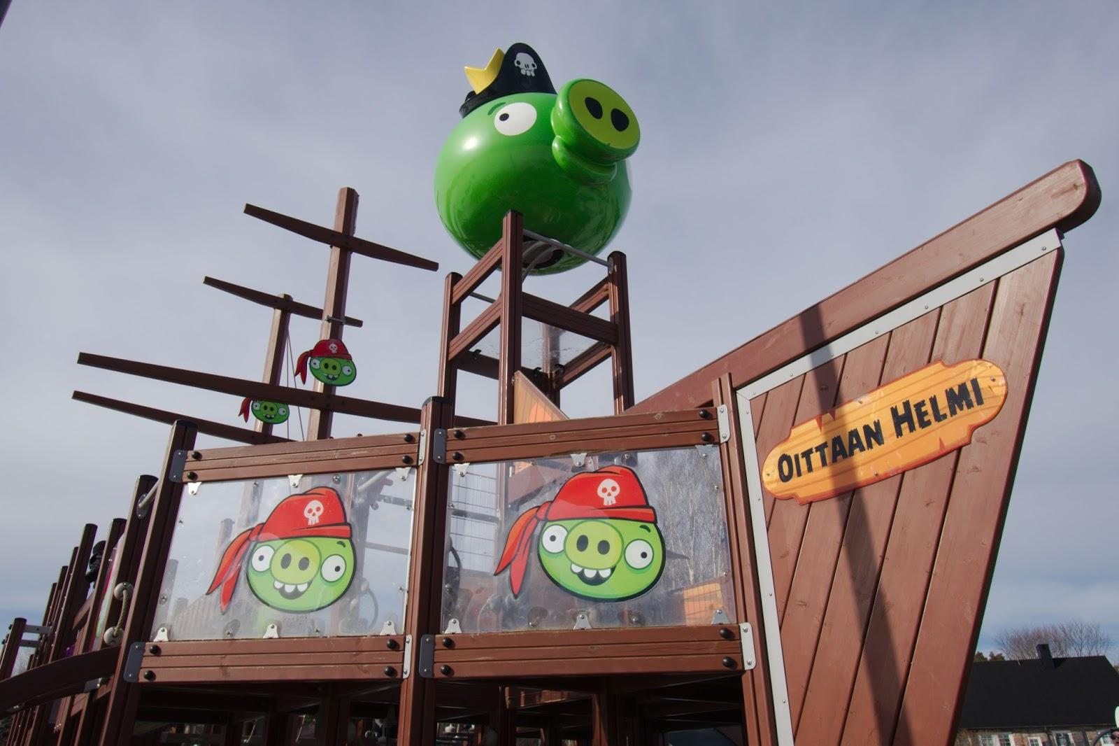 Merirosvolaiva Oittaan Angry Birds -puistossa