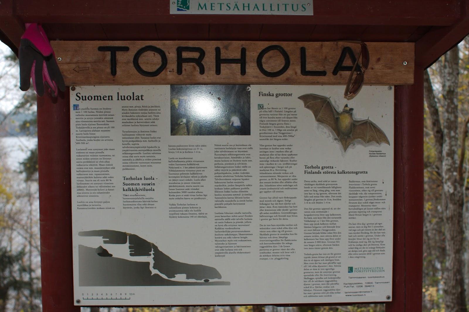 Torholan luolan opaskyltti
