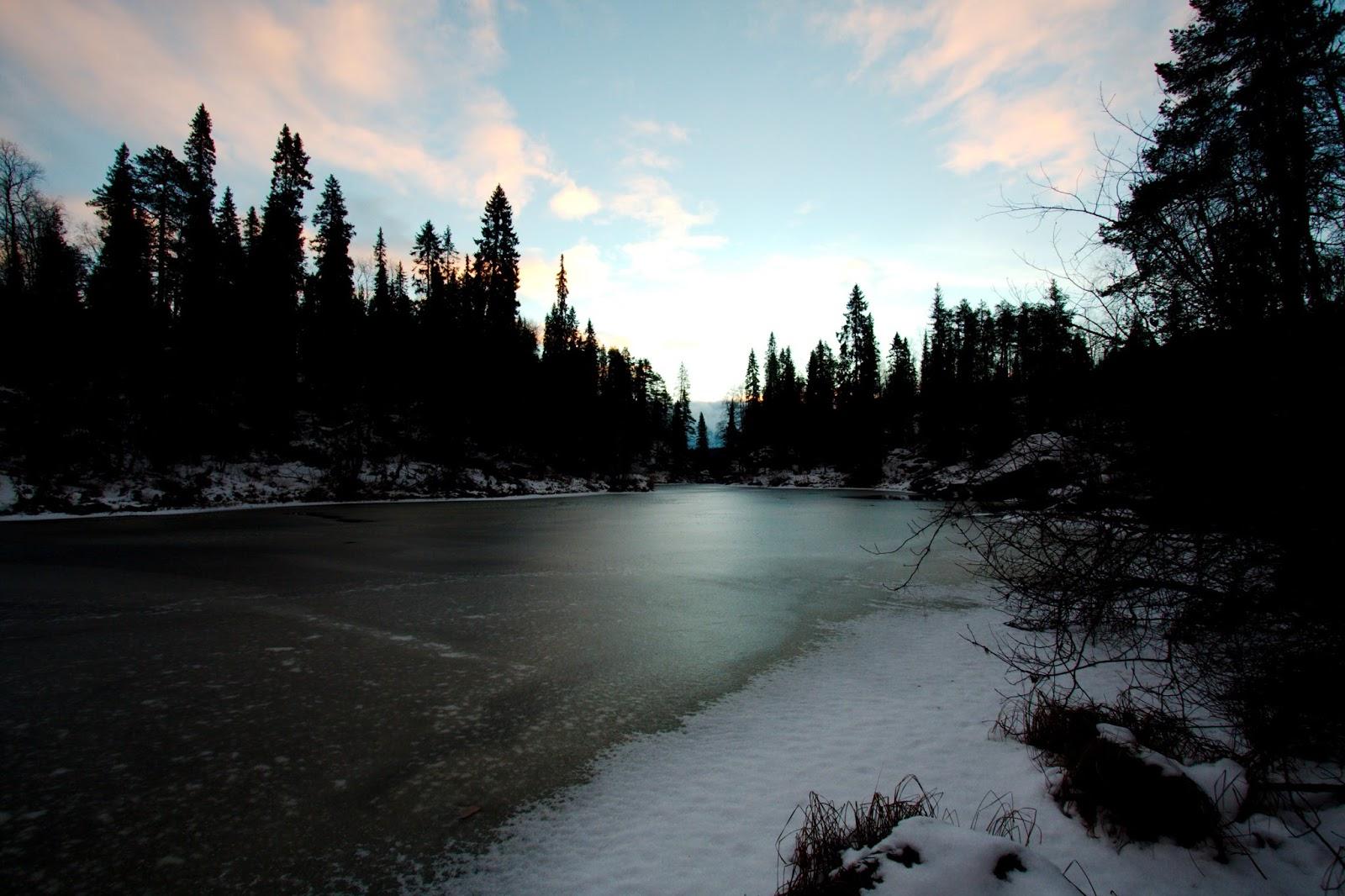 Jäätynyt Oulankajoki