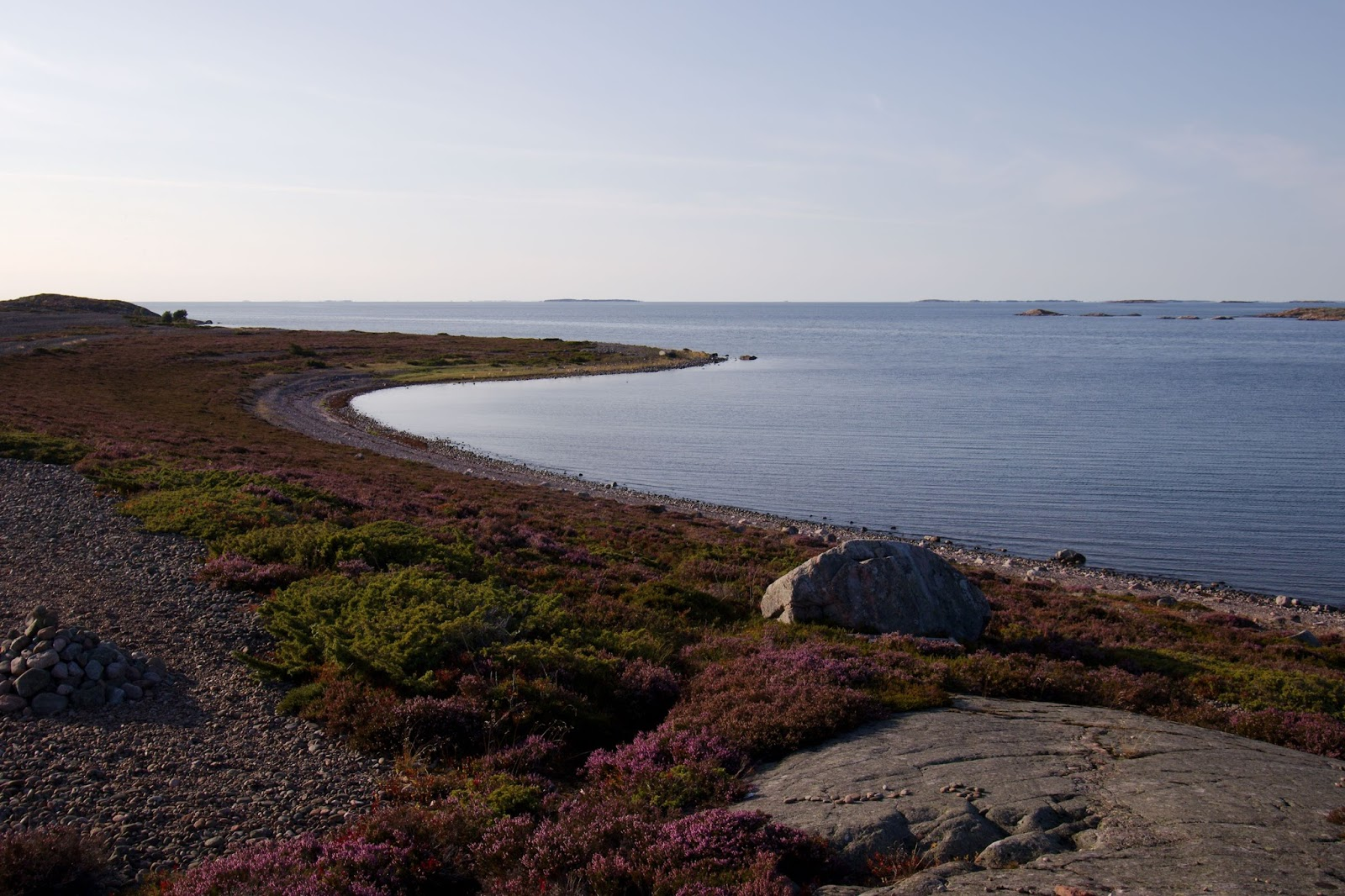 Jurmon kivikkoinen rantaviiva