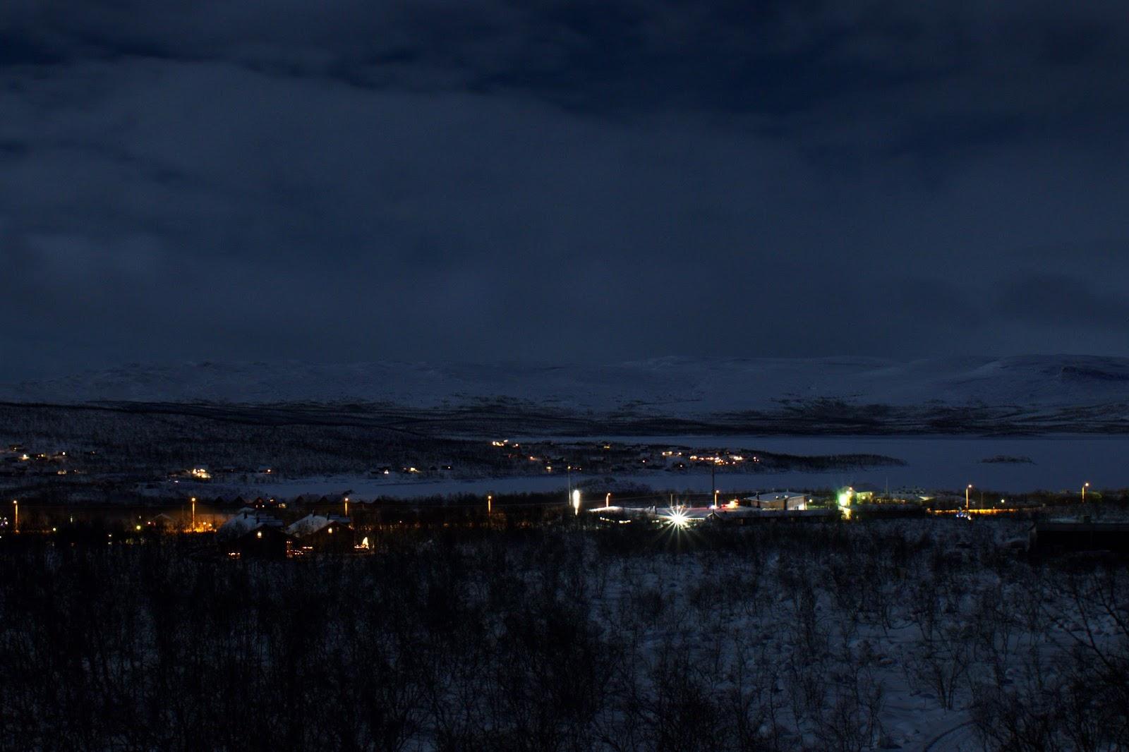 Öinen Kilpisjärven kylä
