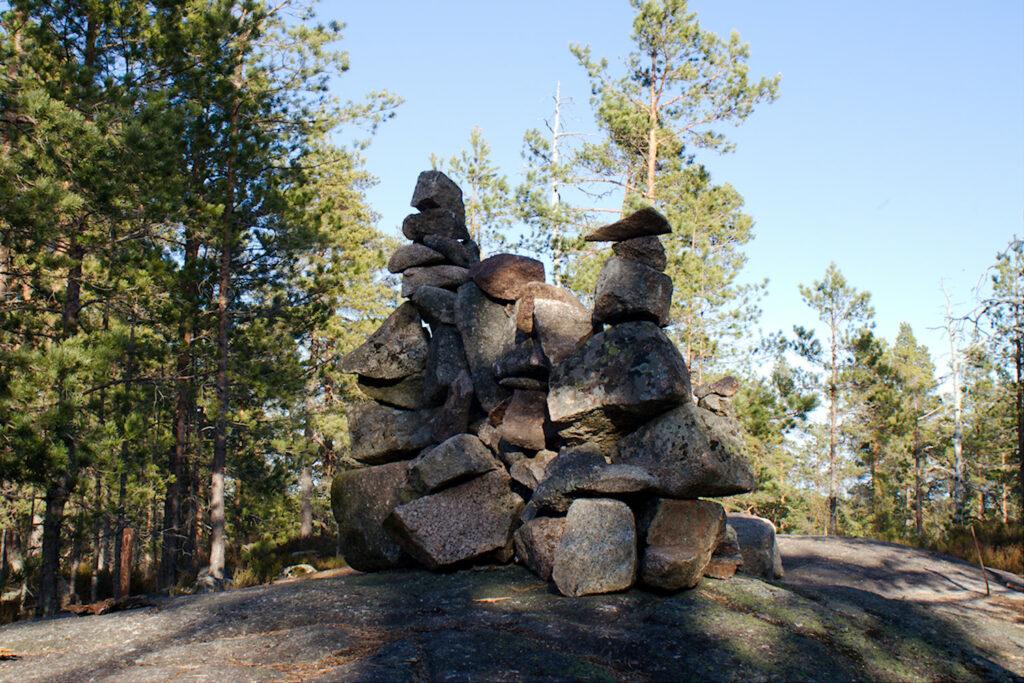 Kivikasa Espoon korkeimmalla kohdalla