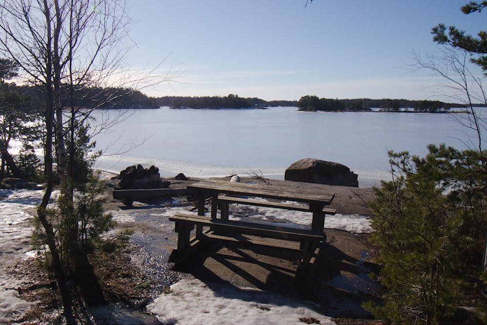 Nuotiopaikka Linlon länsiosassa