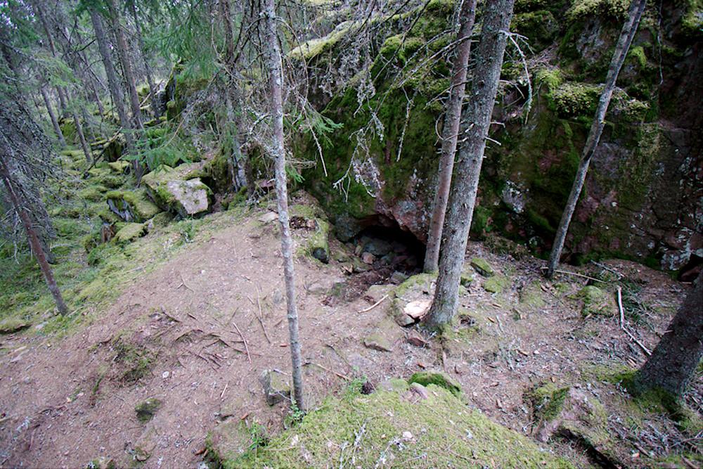 Grottbergetin luolan suuaukko
